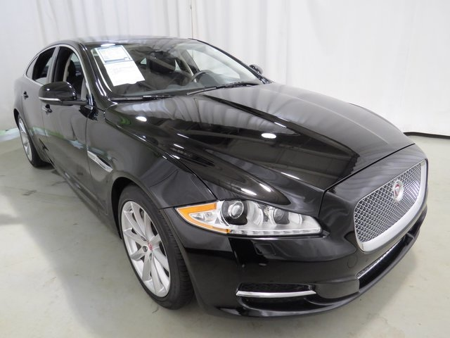 Used Jaguar XJ Base